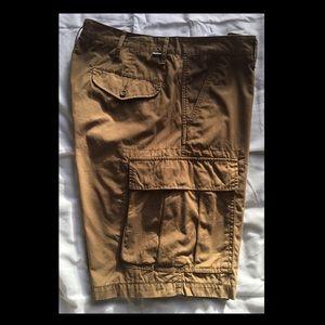 Men's Levi's brown/khaki cargo shorts